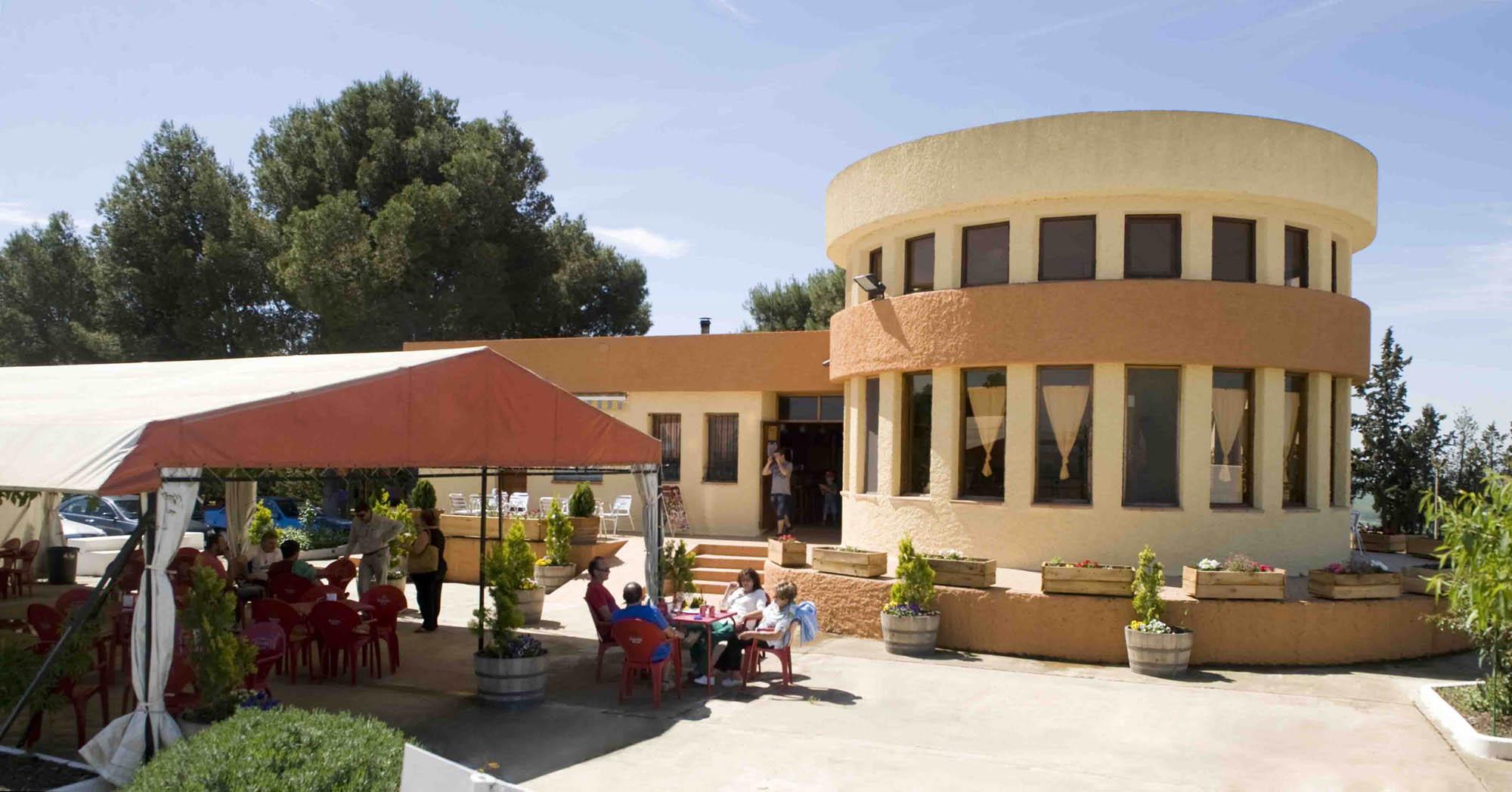 Restaurante y terraza 2