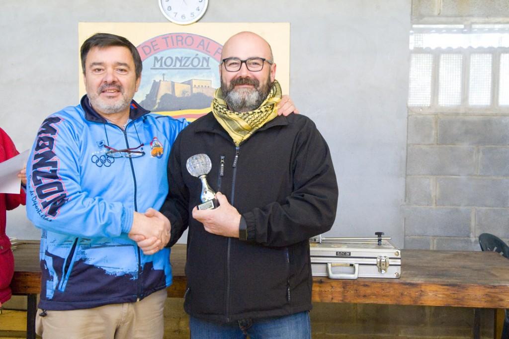 CLUB DE TIRO AL PLATO MONZON JOSE MARIA FORNIES TERCER CLASIFICADO DEL PROVINCIAL DE AIRE COMPRIMIDO 2016