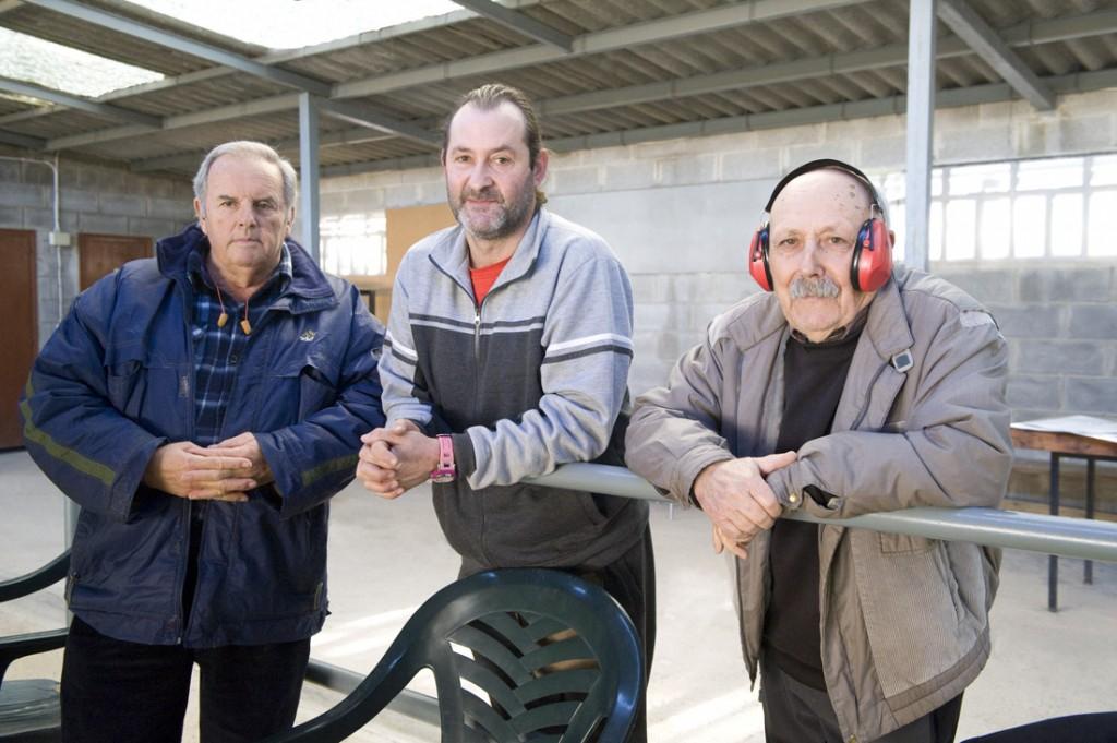 EN LA GALERIA EN LA PRIMERA FASE DEL CAMPEONATO DE INVIERNO CLUB DE TIRO AL PLATO MONZON