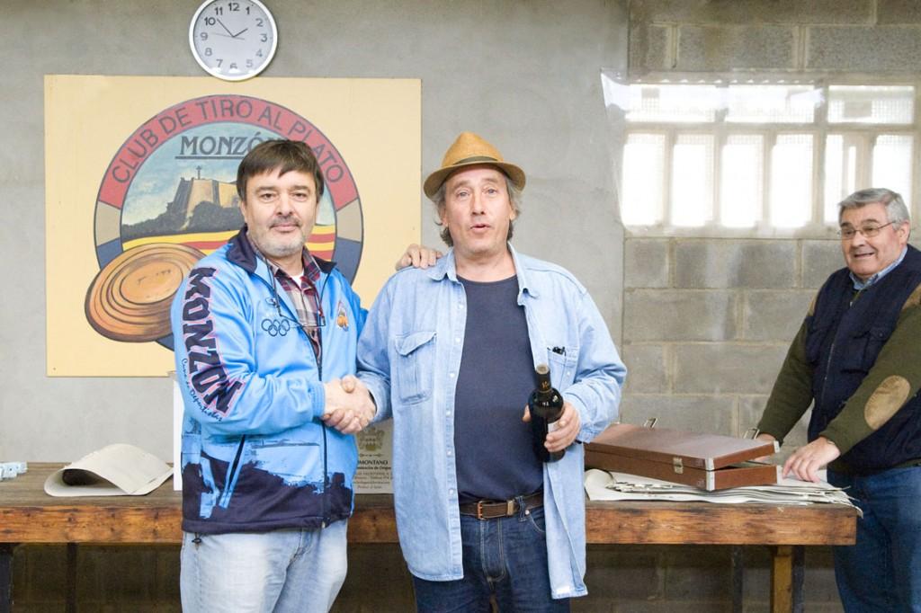 CLUB DE TIRO AL PLATO MONZON ALEX ZAZURCA PRIMERO DE VETERANOS EN LA SOCIAL DE CARABINA