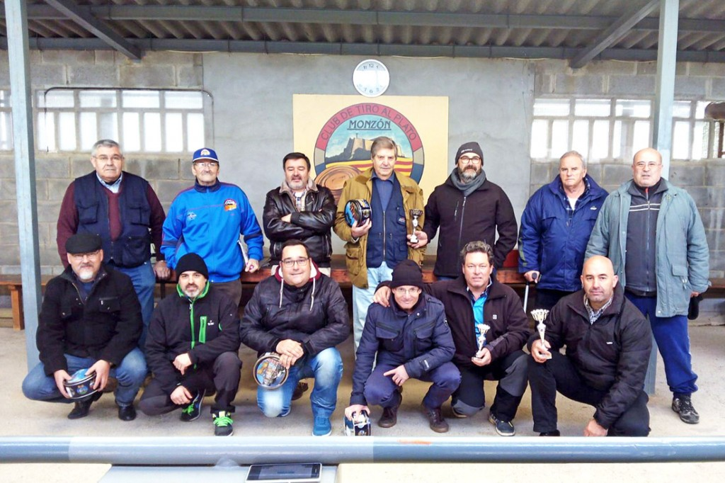 CLUB DE TIRO MONZON PARTICIPANTES DE LA TIRADA DE REYES