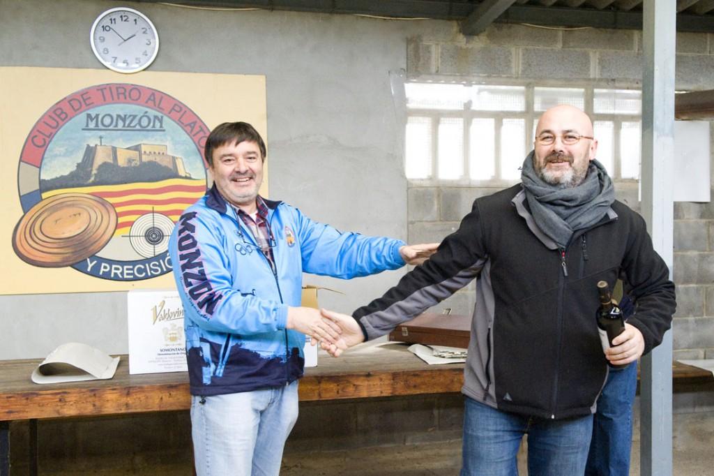 CLUB DE TIRO AL PLATO MONZON JOSE MARIA FORNIES TERCER CLASIFICADO SENIOR EN LA SOCIAL DE CARABINA