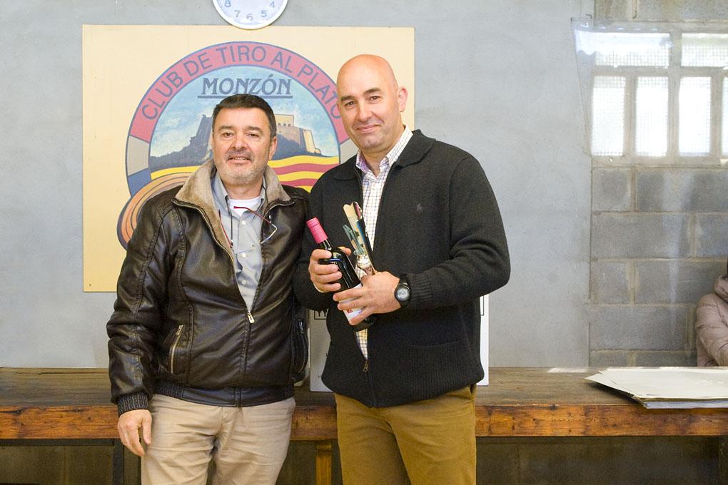 CLUB DE TIRO AL PLATO MONZON JULIAN GIL TERCER PREMIO DEL CAMPEONATO DE INVIERNO